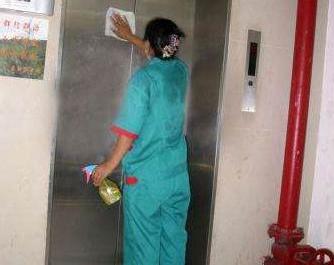 天津电梯清洗